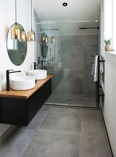 Cat & Jeremy's Ensuite uses the Cementia Grey 75 tile, makes the space look larger than it reall Bathroom Large Tiles, Small Narrow Bathroom, Cement Bathroom, Small Grey Bathrooms, Stone Bathroom, Shower Tiles, Bathroom Grey, Ensuite Bathrooms, Modern Bathroom Design