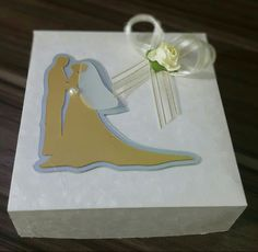 Caja de torta para matrimonio. Modelo I. De venta en Guayaquil informes por este medio o al correo cajitasyalgomasgye@gmail.com