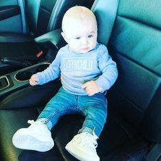 "Dallas on Instagram: ""So much love for our #earthchild 😍 #babiesofinstagram #kidsofinstagram #babyboy #babyfashion #babynike #handm"" Baby Nike, So Much Love, Little People, Children, Kids, Dallas, Baby Boy, Cute, Instagram"