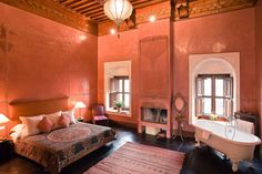 Riad el Fenn, Marrakesh - the colour & architectural details are wonderful (can do without the bath in the bedroom, though!)