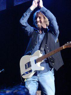 Tom Petty Free Fallin, Travelling Wilburys, Last Dance, Rock Legends, Jim Morrison, Fleetwood Mac, Music Icon, Before Us, Bob Dylan