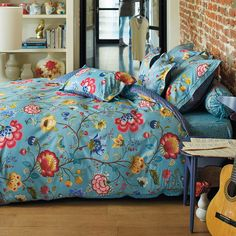 Pip Studio Floral Fantasy Duvet Set - Blue - Single ($100) ❤ liked on Polyvore featuring home, bed & bath, bedding, duvet covers, blue, cotton pillowcases, floral pillow cases, cotton duvet cover set, floral duvet cover set and cotton duvet set