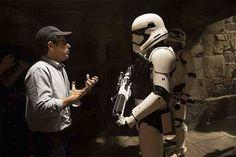 El director y productor que resucitó y trajo películas como Star Trek y Star Wars al siglo 21 - y el productor ejecutivo de la serie nominada en los Globos de Oro, Westworld - J.J. Abrams, ha dicho que basta con los remakes, reboots, y que no desea seguir trabajando en producciones de ese tipo.
