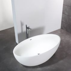 Bañera Solid Surface BARCELONA 169 cm http://www.entornobano.com/collections/baneras-solid-surface/products/banera-solid-surface-barcelona-169-cm
