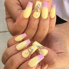 Love the pastel yellow / lavender gradient ; 4/1/15 ; malishka702_nails