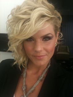 Kimberly Caldwell curls for her Asymmetrical hair cut