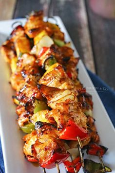 Teriyaki Chicken Kabobs are an easy chicken kebab recipe that is perfect for your summer grilling parties. Juicy & flavorful, great for tailgating & more. Easy Chicken Kebab Recipe, Grilled Chicken Recipes, Grilled Meat, Grilled Chicken Kabobs, Teriyaki Chicken Skewers, Teriyaki Chicken Casserole, Skewer Recipes, Asian Recipes, Snacks