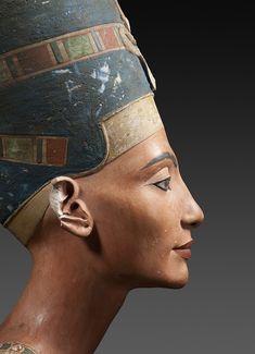 Bust of Nefertiti, Egypt, Tell el-Amarna, New Kingdom, 18th Dynasty, ca. 1351–1334 BCE © Staatliche Museen zu Berlin, Ägyptisches Museum und Papyrussammlung / Sandra Steiß