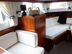 Freeman 26 1970 Cabin Cruiser | eBay. (White with teak interior)