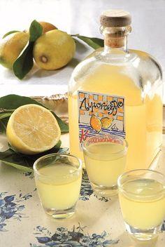 Lemon Recipes, Greek Recipes, Cetogenic Diet, Food Network Recipes, Cooking Recipes, Lemon Liqueur, The Kitchen Food Network, Greek Sweets, Keto Drink