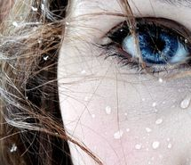 Inspiring image beautiful, beauty, blue, blue eye water droplets, cold, expression, eye, face, female, girl, hair, photo, photography, portrait, rain, snow, snowflakes, water, winter, woman, women #32747 - Resolution 500x336px - Find the image to your taste