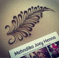 Simply beautiful feather design Henna designs, great for your arm or even for your future spouse. These modern indian wedding mehndi ideas are good for brides who don't want to complicate it. Henna Hand Designs, Beautiful Henna Designs, Beautiful Mehndi, Best Mehndi Designs, Henna Tattoo Designs, Mehndi Tattoo, Tatoo 3d, Henna Mehndi, Hand Henna