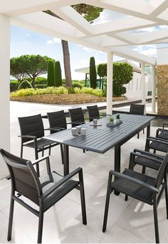 Table de jardin | terrasse | Pinterest