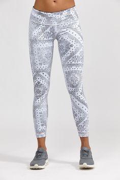 e5505c7879302 Reversible Legging Capri Leggings, Tight Leggings, Printed Yoga Pants, Yoga  Capris, Yoga
