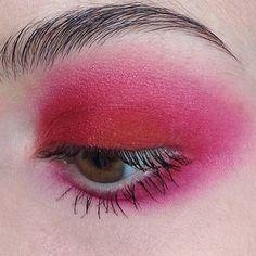 Paint it pink via @jesshudsonmua #eyes #pinkeverything #pink #closeup #mua #eyemakeuptutorial #makeupgoals #beautyinspo #lookoftheday #eyeconic #color #pinkstagram #powerpink via TUSH MAGAZINE OFFICIAL INSTAGRAM - Celebrity Fashion Haute Couture Advertising Culture Beauty Editorial Photography Magazine Covers Supermodels Runway Models