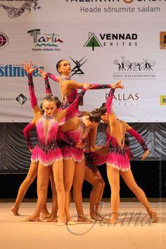 Gallery.ru / Фото #24 - костюмы для художественной гимнастики 3 - dusya7