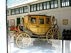 http://www.tour-bangkok-legacies.com/images/royal-carriage-museum.jpg