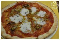 Pizza ai carciofi - http://www.nonsolopiccante.it/2013/11/28/pizza-ai-carciofi/