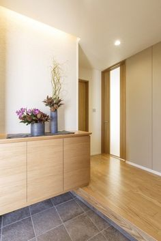 Modern Japanese Interior, Japanese Home Design, Japanese House, Japanese Style, Entrance Foyer, Natural Interior, Minimal Home, Home Reno, My Dream Home