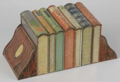 Lot # : 307 - 1909 Huntley & Palmer Books Biscuit Tin.