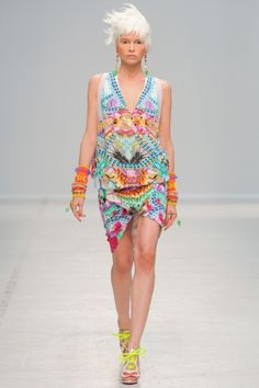 Sfilata Manish Arora Paris - Collezioni Primavera Estate 2014 - Vogue