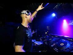 Michael Woods - Airborne (Original Mix) - YouTube