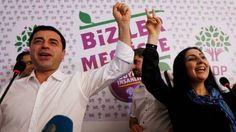 Τουρκία: Συνέλαβαν τους ηγέτες και βουλευτές του φιλοκουρδικού κόμματος HDP | altsantiri.gr