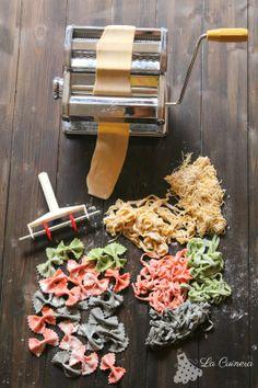 How to make pasta Make Your Own Pasta, How To Cook Pasta, Ravioli, Pasta Fresca Recipe, Fresco, Pasta Casera, Lotsa Pasta, Pasta Machine, Fresh Pasta
