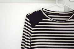 Jerseykjole med striber