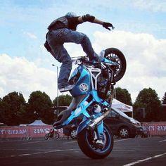 Can you do this stunt? http://biguseof.com