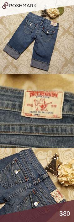 TRUE RELIGION Sophie capri short Size 27 Sophie shorts Rise 7 Inseam 13 Length 20.5  Bundle  2 or more items and save 10% 🤗 True Religion Shorts Jean Shorts
