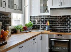 маленькая кухня 4 кв метра с гарнитуром Икеа Сэведаль