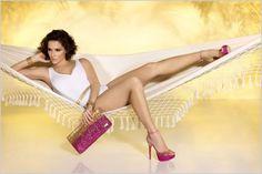 Deborah Secco's Feet << wikiFeet