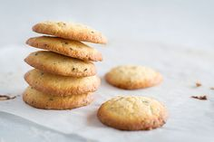 Black sesame seed citrus cookies – Recipes – Bite