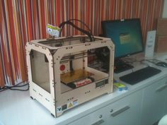 A Frenzy: Public Library (in Adelaide) Offering Free 3D Printing Resources  Posted by Ray  |  13 Sep 2012  |  Comments (0)