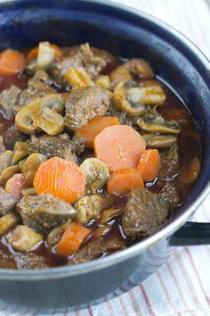 rundvlees met wortel en champignon stoofschotel