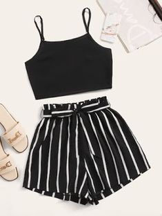Cute Lazy Outfits, Teenage Girl Outfits, Crop Top Outfits, Girls Fashion Clothes, Summer Fashion Outfits, Teenager Outfits, Mode Outfits, Simple Outfits, Pretty Outfits