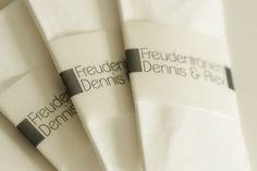 """Freudentränen-Taschentuch """"Schlichte Eleganz"""" von Mazet Design auf DaWanda.com"""