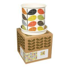 The Orla Kiely Range at Cuckooland. The medium sized scribble stem Orla Kiely plant pot with saucer is a stylish home & garden gift. Orla Kiely, Paris Shopping, Decoration Design, Garden Gifts, Garden Accessories, Retro Design, Garden Styles, Scribble, Granada