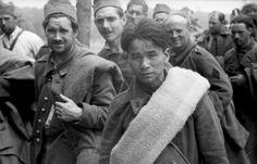 - Kriegsgefangene französische Soldaten auf dem Marsch
