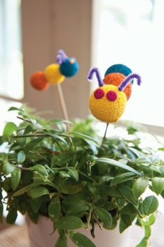 Your kids will love making these sweet caterpillar to decorate a houseplant | Homemade Crafts for Kids - Parenting.com