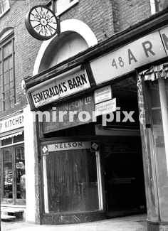 Esmeralda's Barn in Wilton Place, Knightsbridge, nightclub owned by the Kray twins Ronnie and Reggie. Original site redeveloped D. Gerrard/Mirrorpix