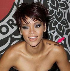 Tatouage Rihanna chiffre romain https://tattoo.egrafla.fr/2016/01/08/tatouage-chiffre-romain/
