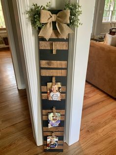 Black Striped Picture Board – The Rustic Peach Fall Crafts, Christmas Crafts, Xmas, Mason Jar Kitchen Decor, Rustic Picture Frames, Rustic Pictures, Picture Boards, Mason Jar Centerpieces, White Picture