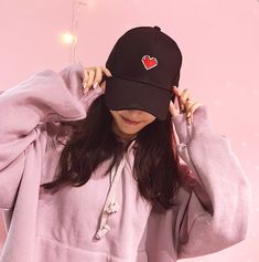 Cute heart and ribbon cap Korean Girl Photo, Korean Girl Fashion, Cute Korean Girl, Asian Girl, Cute Kawaii Girl, Cute Girl Face, Aesthetic Korea, Aesthetic Girl, Teenage Girl Photography