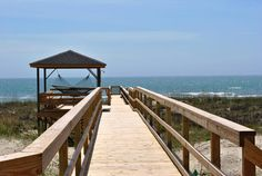 Vacation at the Litchfield Beaches of Pawleys Island. Gorgeous views await!