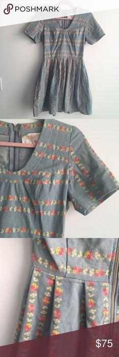 Modcloth Lauren Moffatt Denim Floral Fit and Flare Lauren Moffatt Scenic and Heard Dress. Denim Dress with Floral print. ModCloth find. Zip Up closure. Pleated skirt. Fit and Flare style. This dress has been sitting in my closet for three years, completely unworn. The denim is a light wash, with that faded yellow tint on the shoulders, edges, etc. It's so gorgeous, I wish it fit me, but it never did. Says 8 on the tag but it fits more like a 6. Provides very slight stretch. Shoulder to hem…