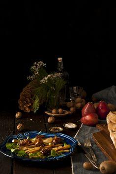 ginger, pear & parsnip salad ( + chopped pistaschios & dates, mmmmm)