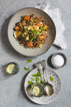 Try making this awesome Roast Butternut & Quinoa Salad with Nuts and Seeds, it is the ideal salad to pair with a lovely roast chicken. Healthy Dishes, Healthy Salad Recipes, Healthy Eating, Healthy Food, Braai Salads, Roasted Butternut, How To Cook Quinoa, Quinoa Salad, Light Recipes