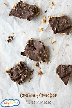 graham-cracker-toffee - great neighbor gift - super simple!